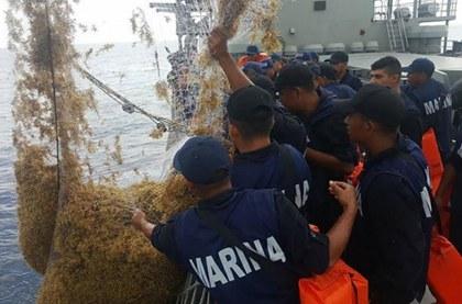 sargazo-marina-ejercito-barco-armada-reportur copy.jpg