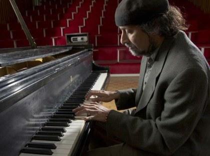 Ajay-Heble-Piano-450x334.jpg